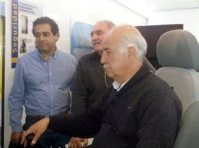 La Fundación UOCRA instaló taller móvil de capacitaciones en Coronel Vidal