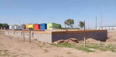 Avanza la construcción de la pileta semi olímpica en el Polideportivo de La Punta
