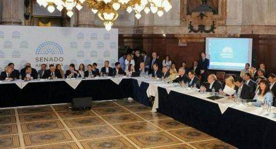 PACTO FISCAL: EL GOBERNADOR PIDIÓ EL ACOMPAÑAMIENTO TOTAL A LOS SENADORES MISIONEROS