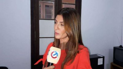 "Bettina: ""Entre ellos se acomodaron las autoridades"""