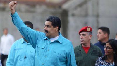 Maduro nombra a un militar como ministro de Petróleo y titular de PDVSA