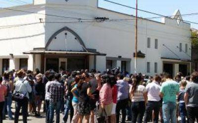 25 de Mayo: Último adiós a Santiago Maldonado junto a Madres de Plaza de Mayo