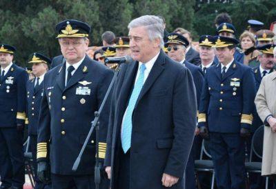 Aguad negó diferencias con la Armada y estableció como prioridad encontrar el submarino