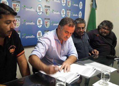 Se firmó el convenio para el uso y ocupación de predio del Paseo Viva el Río