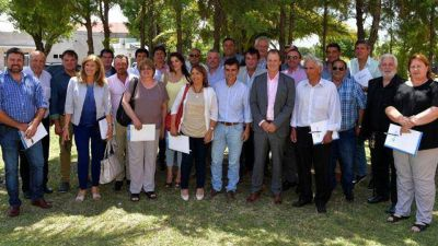 Pacto fiscal: intendentes del PJ apoyaron a Bordet
