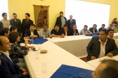 Desazón entre los intendentes por la firma del Pacto Fiscal