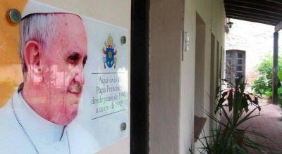 """La muestra """"Encuentro con Francisco"""" en la casa de Córdoba donde vivió Bergoglio"""