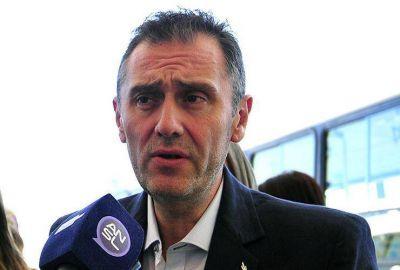 """El Gobierno le pide """"prudencia"""" a Ponce por los controles al transporte interurbano"""