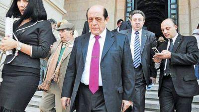 Prohíben salir del país a Juan José Mussi y lo embargan por $ 5 millones