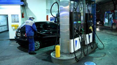 Desde hoy, aumentan 6% los combustibles en todo el país