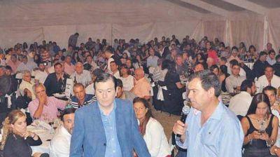 Zamora participó del brindis de fin de año de Producción y de una cena aniversario
