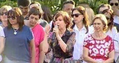 La senadora tucumana que compartió un acto con Cristina y votó a favor de la reforma