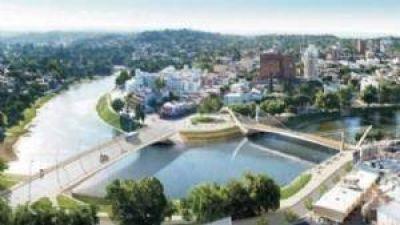 Cloacas, puente y anuncios sobre turismo en la agenda de Avilés