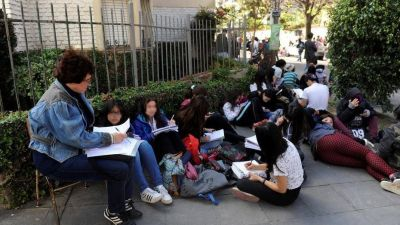 El Gobierno niega que la jubilación docente sea de privilegio