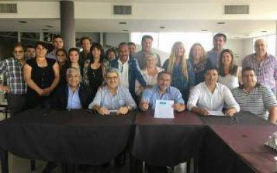 El peronismo del Momo Venegas ratificó su pertenencia a Cambiemos