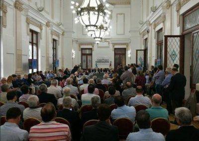 Santa Fe y cooperativas cierran filas contra el impuesto a las ganancias