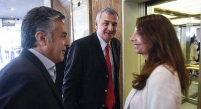 Morales y Cornejo se disputan el Comité UCR y complican a Monzó