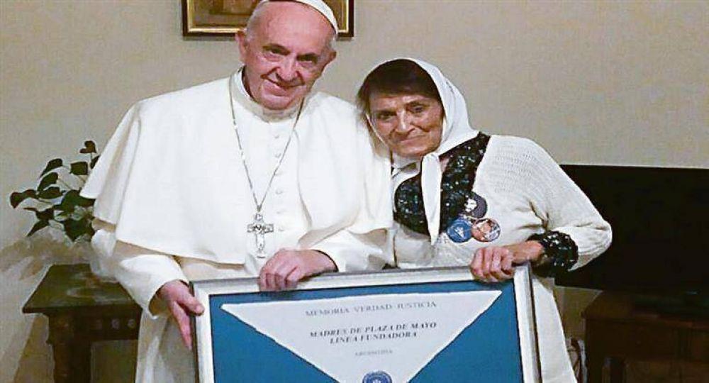 """Mensaje: Francisco pidió """"cuidar""""a los ancianos"""