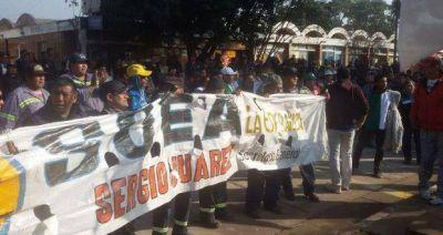 Marchan los azucareros del Ingenio La Esperanza para evitar 370 despidos