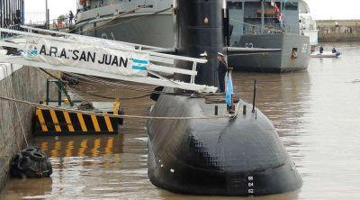 """""""Desde la fe espera el cielo"""" a los 44 desaparecidos en submarino argentino, dice Obispo"""
