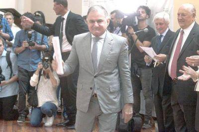 Julio Pereyra juró como diputado