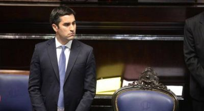 Mosca retuvo la presidencia de Diputados con un peronismo fragmentado