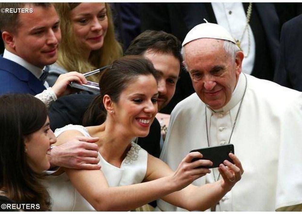 """Catequesis del Papa: """"El futuro de Asia: no será de quien construye armas, sino fraternidad"""""""
