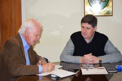 Gargaglione firmó importante convenio
