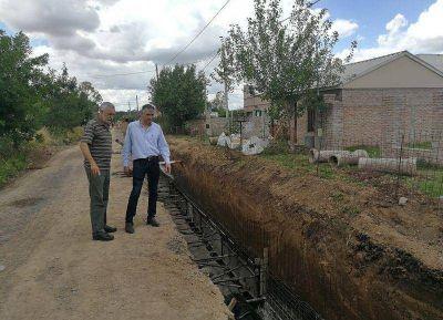 San Andrés de Giles: el intendente Puglelli recorrió las obras de desagües pluviales