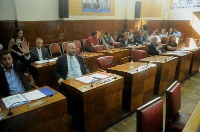 Después de un año y medio, los concejales aprobaron las fotomultas