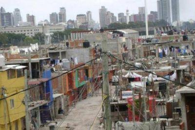 Índices preocupantes: La UCA dio a conocer que hay 13,5 millones de pobres en todo el país