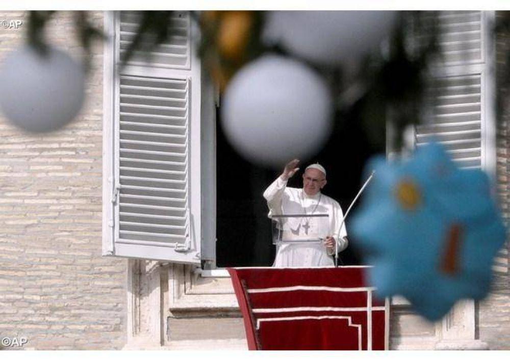 Ángelus del Papa: En Adviento dejemos atrás nuestro orgullo para que entre Jesús