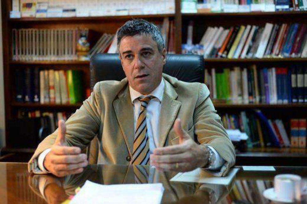 """Daniel Rafecas en exclusiva con Vis á Vis: """"Ronald Noble de Interpol fue el instigador del pacto con Iran"""""""