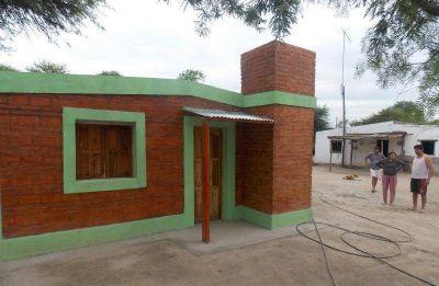 El Gobierno de la provincia construye más viviendas sociales en Antajé