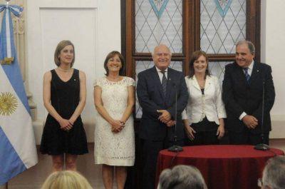 Juraron los nuevos ministros del gabinete santafesino