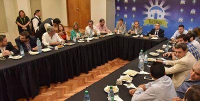 Alfaro y los concejales de la Capital se reunieron para saldar sus diferencias