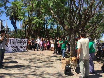 Protesta en repudio a las reformas del gobierno