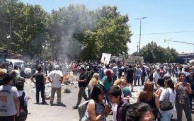 Tensión en Moreno: Trabajadores municipales marcharon en reclamo de sueldos atrasados