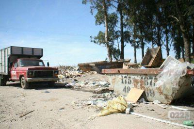 Vuelve la recolección de basura: garantizan a los gremios la seguridad en el predio