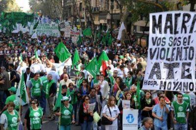 Reformas de Cambiemos: ATE convocó a paro nacional con movilización para este lunes