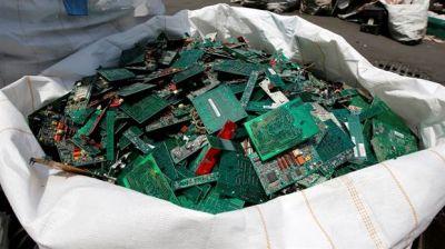 ¿Cuáles son los países de América Latina que generan más basura electrónica y por qué?