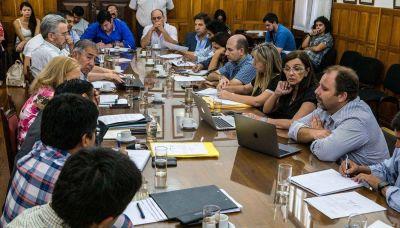 El oficialismo también domina en las comisiones
