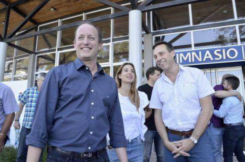 El Municipio inauguró la nueva pista de atletismo del Parque de Lomas