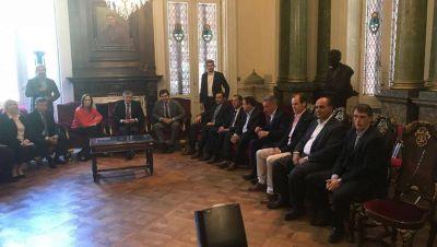 Manzur y otros gobernadores dieron su apoyo a la reforma previsional en el Congreso