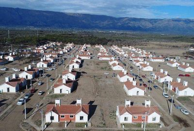 Viviendas: avanza el plan para normalizar a los adjudicatarios irregulares