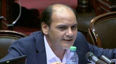 """En el debate Saadi planteó su disidencia a la reforma tributaria por las """"desventajas"""""""