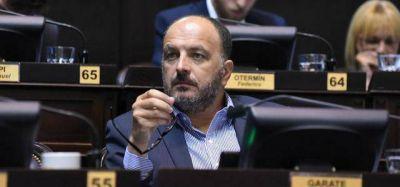 """Para el Frente Renovador, es un """"ajuste"""" la reforma en el Bapro"""