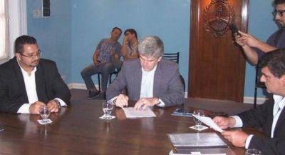 Acuerdo de cooperación para monitorear el agua