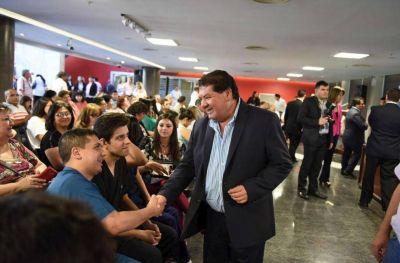 Peronistas proponen la creación de 10 municipios donde hoy funcionan comunas