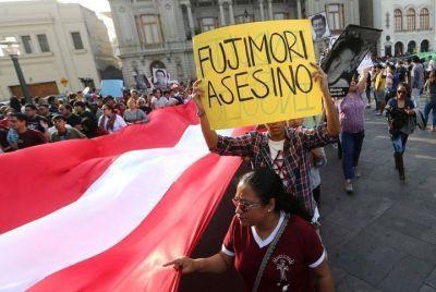 Perú: miles de personas marcharon contra el indulto a Alberto Fujimori